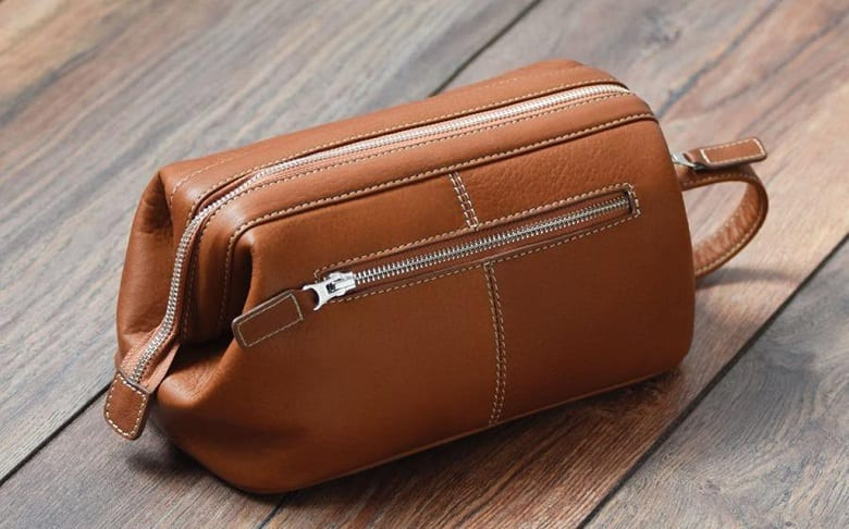 WHAT ARE TOILETRY BAGS CALLED?